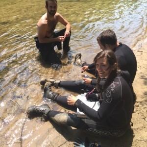 KR - Dan River biologists